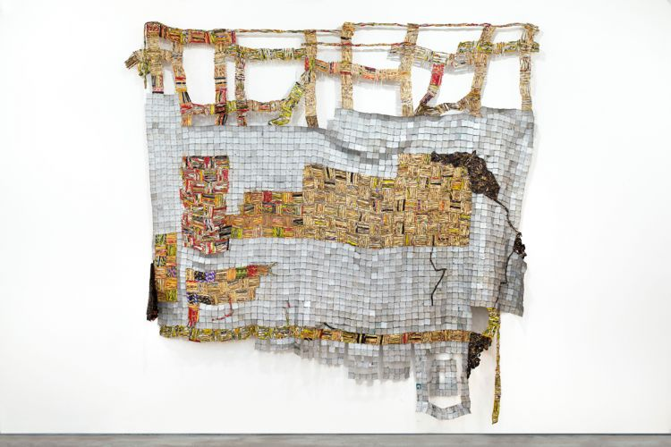 El Anatsui, Ascension, 2014, aluminum and copper wire