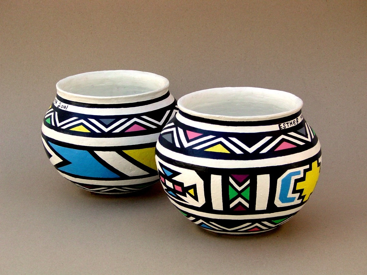 Esther Mahlangu, Pots Painted, 2001