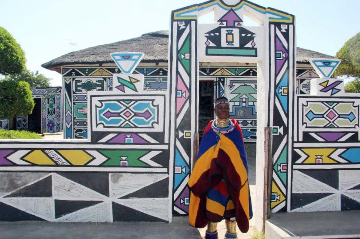 Esther Mahlangu in front of her house in Middelburg